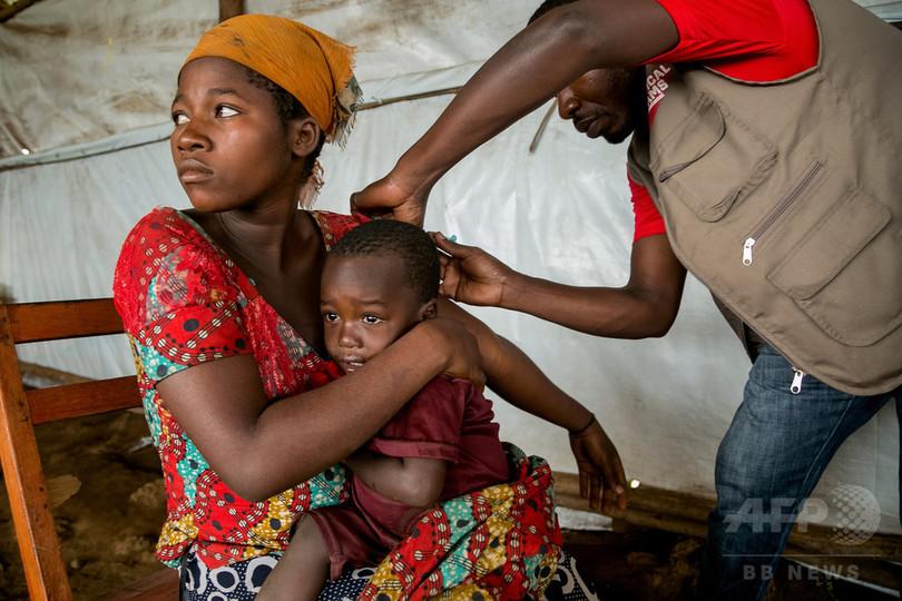 コンゴ民主共和国の民族対立、20万人が避難 刃物で斬殺も