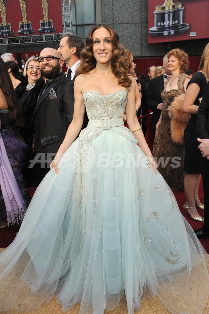 new concept 9ef7c f58e2 第81回アカデミー賞、サラ・ジェシカ・パーカーのドレスは ...