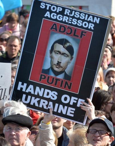ロシアのクリミア編入は「ヒトラーと同じ手法」、独財務相