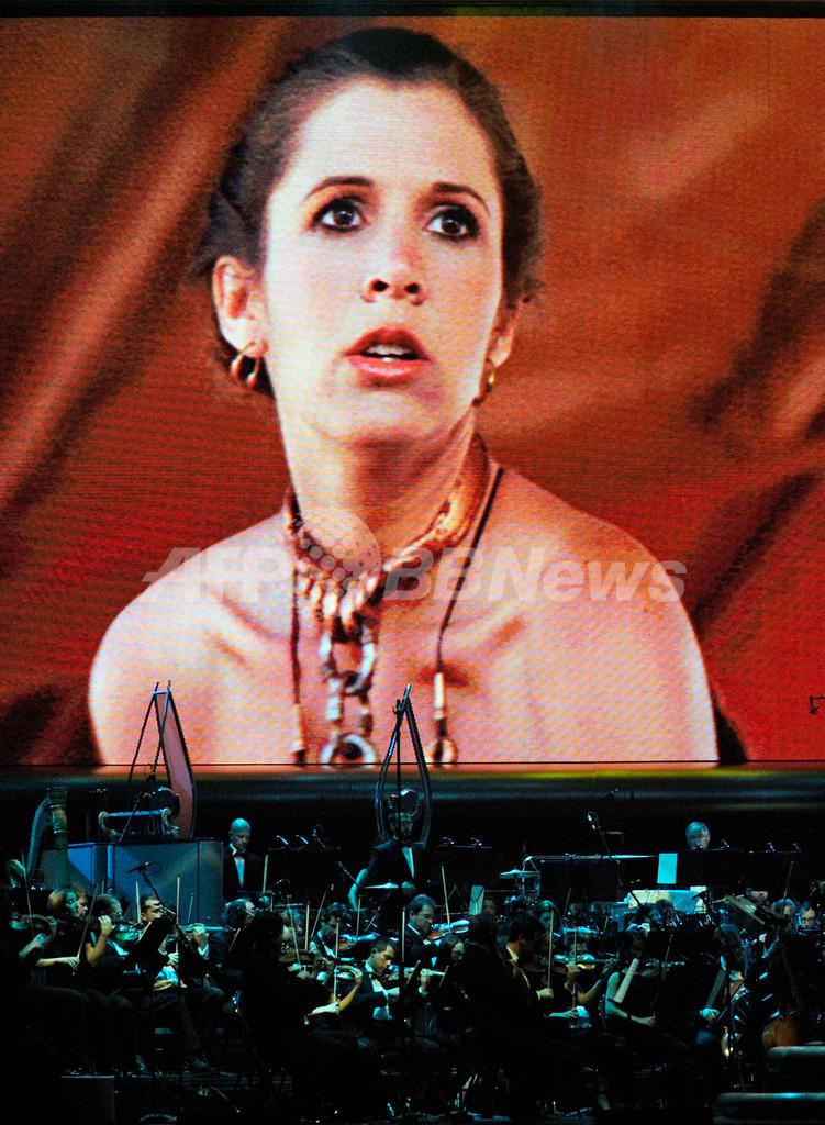 「スター・ウォーズ」のセットでコカイン、レイア姫演じた女優が告白