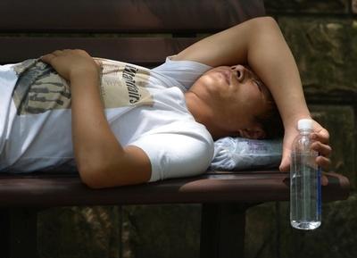 歴史的猛暑で死人が生き返る? 中国で珍騒動