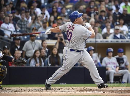 メッツのコロン投手が42歳でメジャー第1号、初本塁打の史上最年長記録を更新