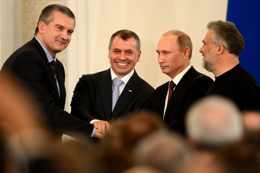 ロシア編入条約に調印、プーチン大統領とクリミア首相ら