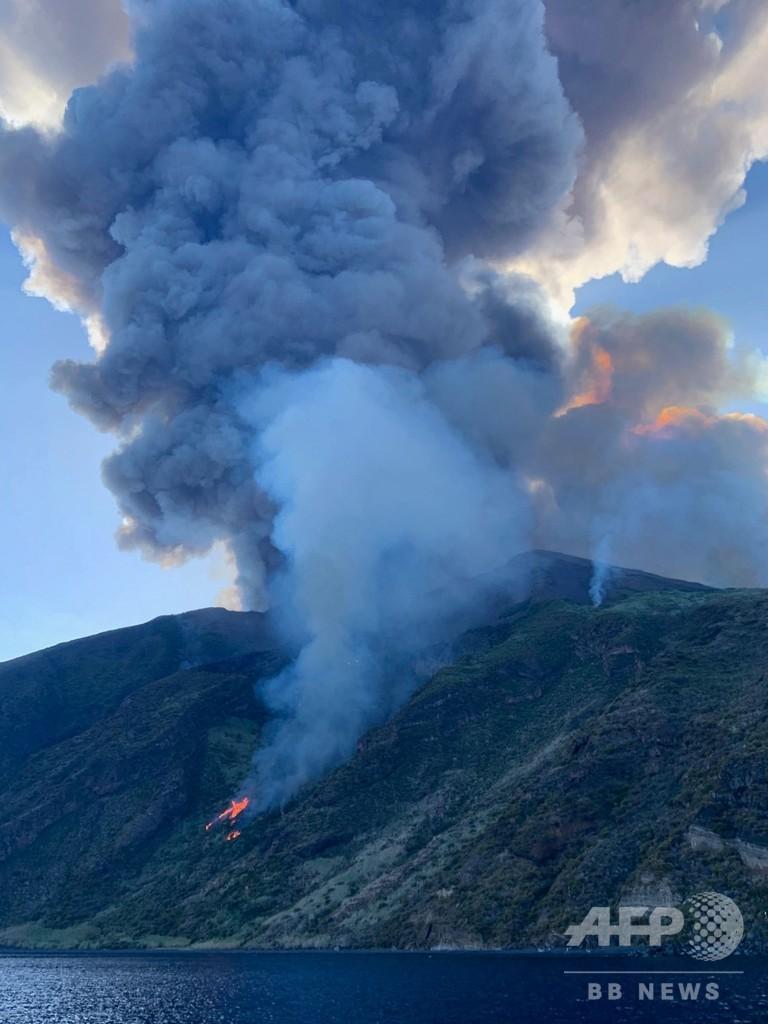 伊ストロンボリ島で噴火 観光客1人死亡 シチリア島沖