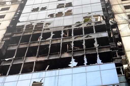 バングラデシュ高層ビル火災、死者25人に