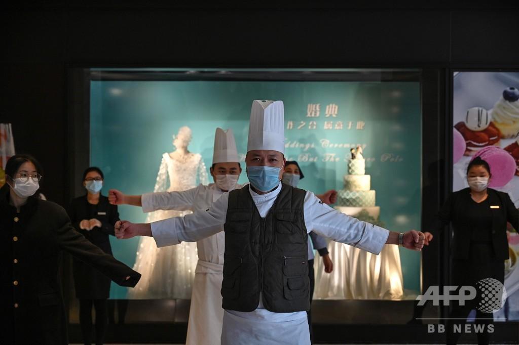 新型コロナウイルス、中国本土での死者1113人に