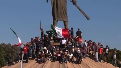 動画:メキシコで反移民デモ、中米移民が対米国境の町に続々到着