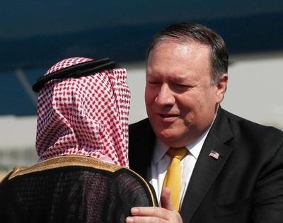 ポンペオ米国務長官がサウジ到着、皇太子と会談へ 記者失踪めぐり