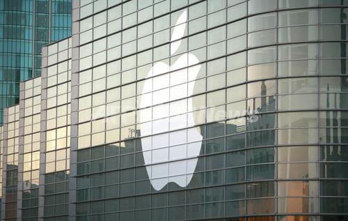 米アップル株、新機種発表の臆測で最高値更新