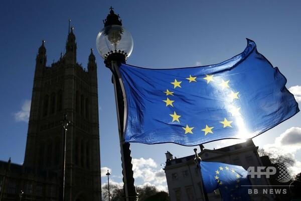 英議会、メイ政権非難の動議可決 EU離脱案、審議初日に痛手
