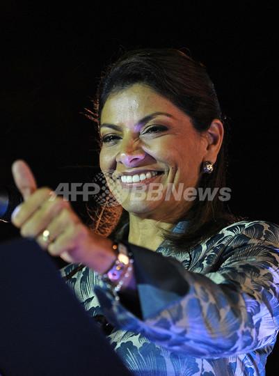 中米コスタリカで初の女性大統領、与党のチンチジャ氏勝利