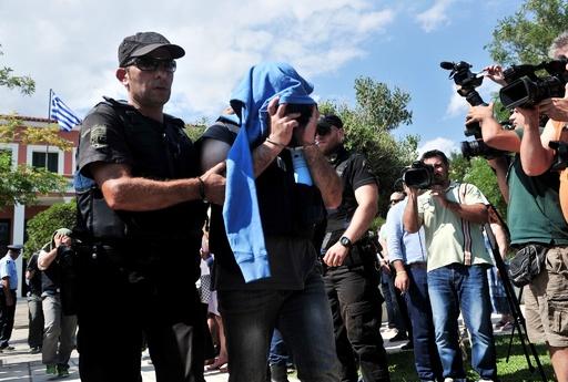 ギリシャ裁判所、クーデターで逃亡したトルコ軍の8人に有罪判決