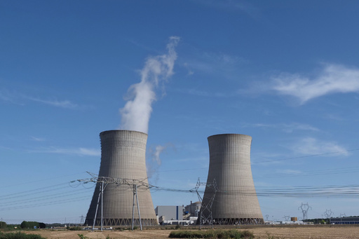 フランス、原発周辺住民220万人に安定ヨウ素剤 放射能漏出に備え