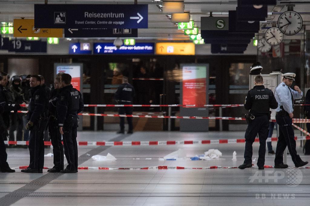 ドイツ鉄道駅でおの使った襲撃、7人負傷 容疑者1人拘束