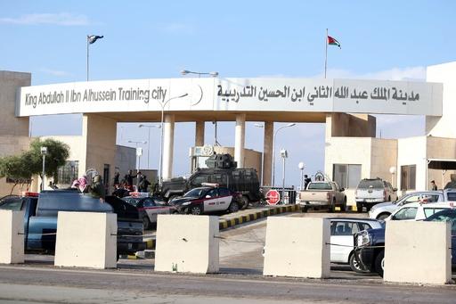 ヨルダンで警官が銃乱射、米国人指導官ら5人死亡