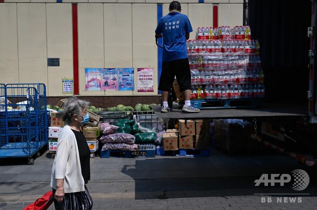 中国一の大富豪にボトル入り飲料水大手創業者、アリババ創業者抜く