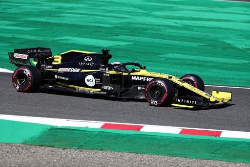 ルノーの2台がF1日本GP失格処分、ブレーキの規定違反で