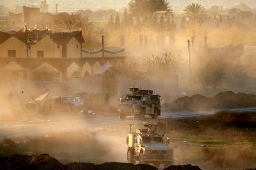ISがクルド民兵に奇襲攻撃、戦闘で32人死亡 シリア東部