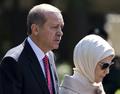 「ハーレムは女性の学校」、トルコ大統領夫人が称賛