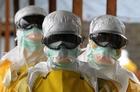 「世界はエボラ封じ込めの闘いに負けつつある」、国境なき医師団