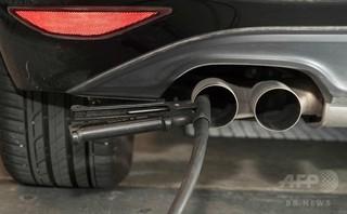 サル排ガス実験の「壊滅的」な結果、VWが隠蔽か