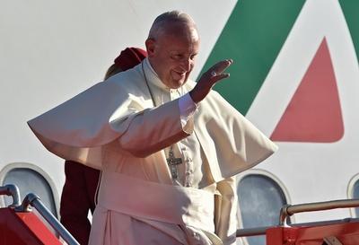ローマ法王 同性愛者