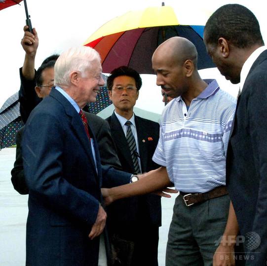 北朝鮮で拘束された米国人男性が不審死 10年にカーター氏と帰国