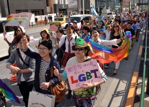 東京レインボープライド開催、3000人が渋谷を行進