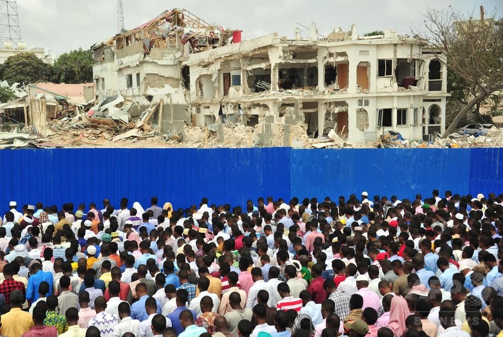ソマリアのトラック爆発、死者358人に 正確な死者数の把握困難