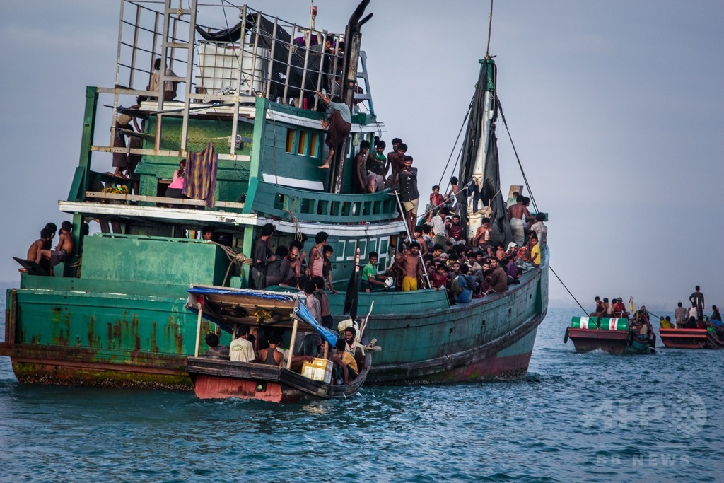 豪当局、密航業者を買収か 首相は違法行為否定