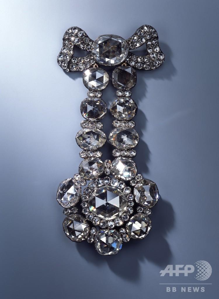 独宝物館で「戦後最大」の盗難事件 貴重な宝飾品奪われる