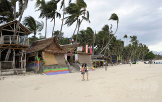 「汚水だめ」と化したボラカイ島の海、2か月で浄化せよ 比政府