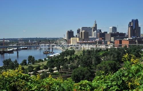 米ミネソタ州の電力、再生エネルギーで100%供給可能 米市民団体