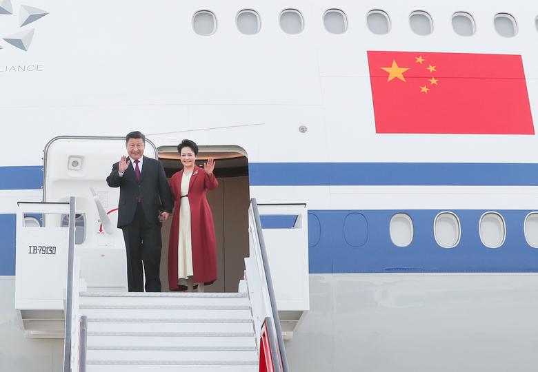 習近平主席、マドリード到着 スペイン公式訪問開始