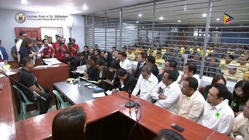 動画:政敵襲い57人殺害、フィリピンの有力政治家一族ら43人に有罪判決