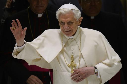 ローマ法王が退位表明後初の一般謁見、「私のために祈り続けて」