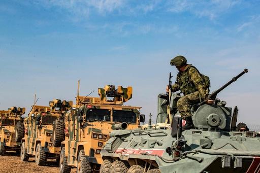 トルコ、シリア北部でロシアと合同パトロール  クルド勢力の撤退状況確認