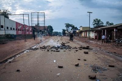 コンゴ、EU大使の退去要求 大統領後継候補への制裁に報復