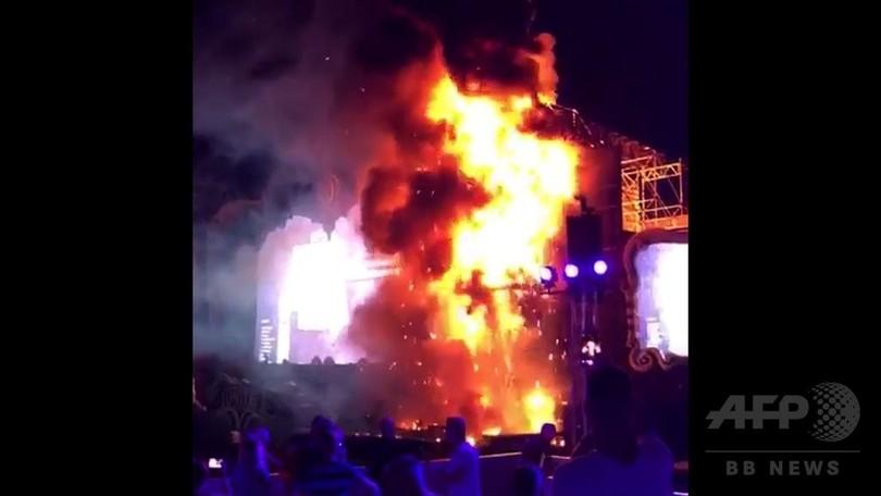 音楽フェスの会場で出火、2万2000人超が避難 スペイン