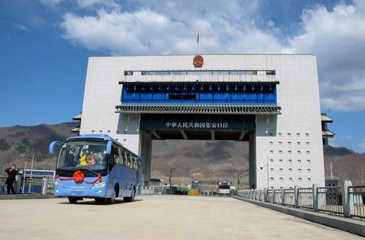 中国と北朝鮮を結ぶ橋が開通、放射線検出ゲート備える