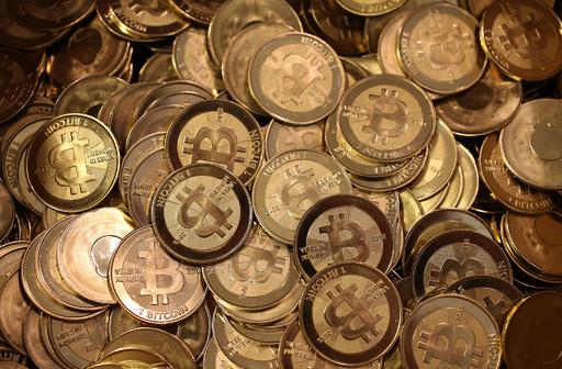 ビットコイン取引業者2人を訴追、資金洗浄などの疑い 米当局