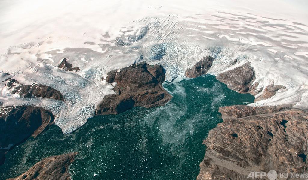 グリーンランド3大氷河、最悪の筋書きよりも速いペースで融解する恐れ 研究