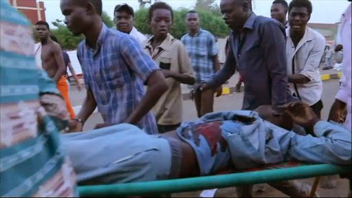 スーダンのデモ弾圧、死者101人に 川から40遺体