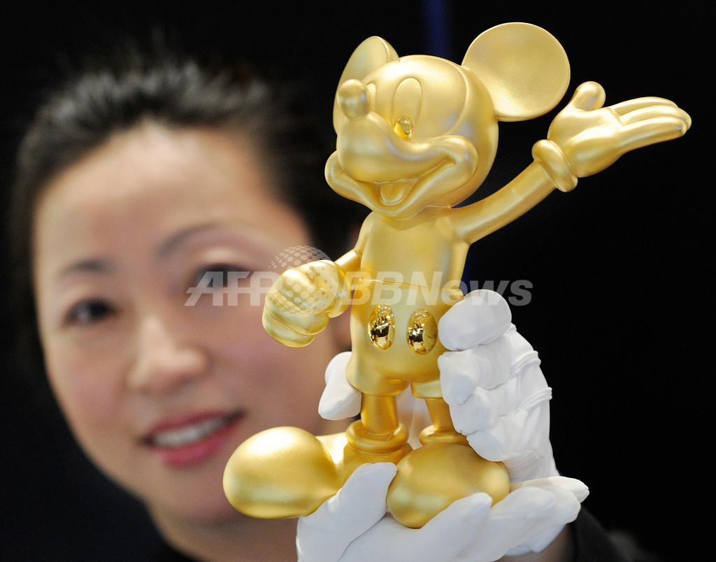 純金製ミッキーマウス、三越伊勢丹ホールディングス2周年で