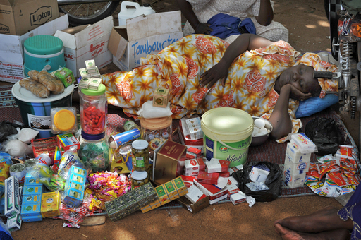 貧困者サミット、「地産地消」で食糧問題に取り組む