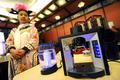 お茶も手軽に本格派、「ネスプレッソ」開発者が「ティープレッソ」発表