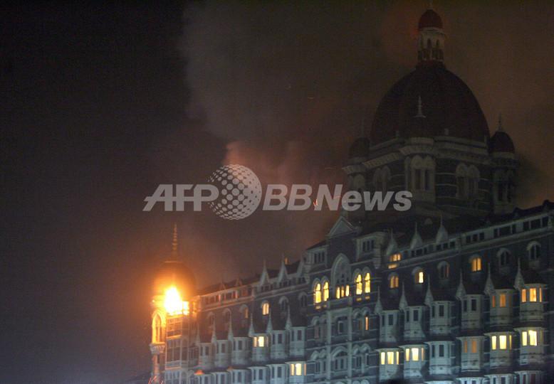 インド・ムンバイで同時襲撃事件、邦人1人死亡 死者100人超す