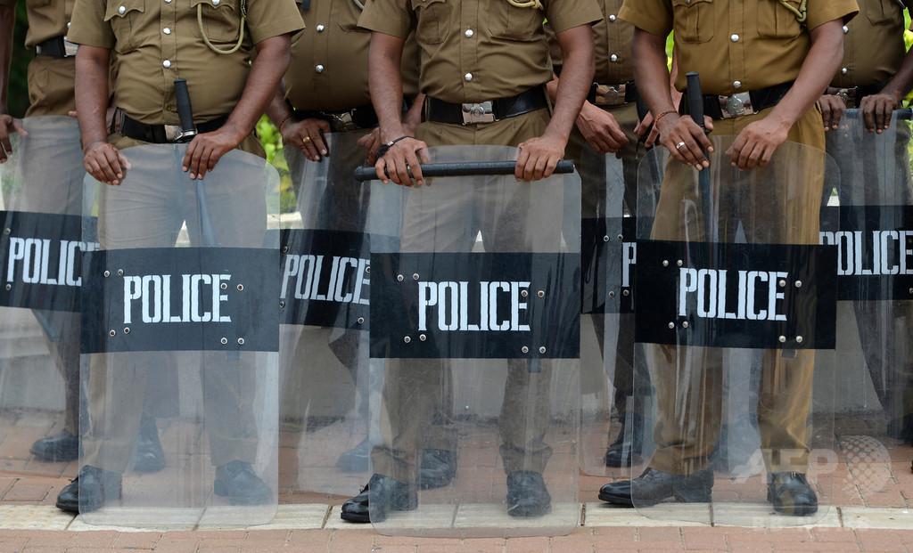 スリランカで反イスラム暴動、全土に非常事態宣言発令