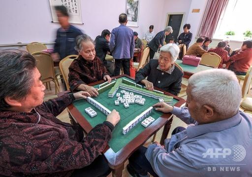 中国の高齢者人口、2050年前後に総人口の3分の1に