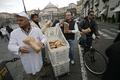 イタリアのパン業界牛耳るマフィアに、パン職人ら「パン」で反撃